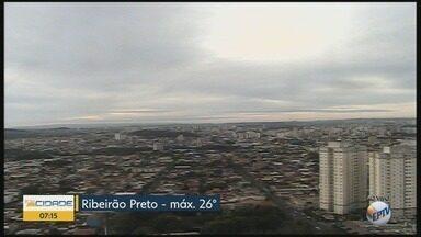 Temperatura máxima chega a 26°C nesta segunda-feira (16) em Ribeirão Preto - Há possibilidade de pancadas de chuva durante a tarde.