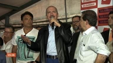 Solidariedade lança pré-candidatura de Aldo Rebelo à presidência da República - Militante do PC do B há quarenta anos, ele se filiou ao PSB em setembro de 2017 e na quarta-feira (11), pouco mais de seis meses depois, aderiu ao Solidariedade. No discurso, Rebelo, ex-ministro nos governos Lula e Dilma, disse que o grande desafio do Brasil é voltar a crescer.