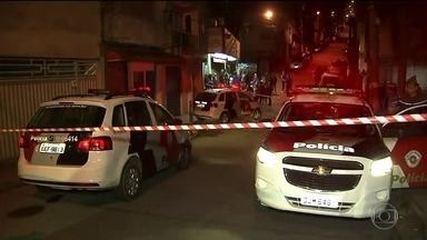 Quatro jovens são executados em frente a lanchonete no ABC Paulista - Os rapazes eram amigos e estavam conversando em frente a uma lanchonete no bairro Alto Industrial, no limite com a cidade de Santo André, em São Paulo.