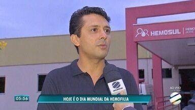 Seminário nesta terça-feira (16) em Campo Grande discute a hemofilia - Esta terça-feira (16) é o Dia Mundial da Hemofilia. Seminário vai compartilhar conhecimento sobre o distúrbio genético e hereditário que afeta a coagulação do sangue.