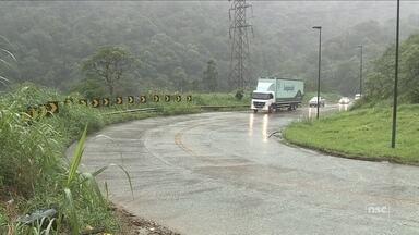 Falta de manutenção mobiliza abaixo assinado para revitalização da Serra da Dona Francisca - Falta de manutenção mobiliza abaixo assinado para revitalização da Serra da Dona Francisca