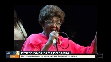 Corpo de Dona Ivone Lara é velado na quadra da Império Serrano - Morreu, na noite de segunda-feira (16) a cantora e compositora Dona Ivone Lara, aos 97 anos. O corpo da musicista é velado na quadra da Império Serrano, onde ela se consagrou como a primeira mulher a participar da ala de compositores.