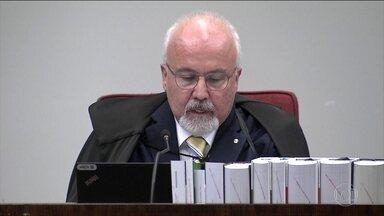 Subprocurador-geral diz que provas contra o tucano são robustas - 'Se o empréstimo fosse legal, como diz a defesa, o repasse teria sido feito via transferência bancária e não em dinheiro', disse ele.