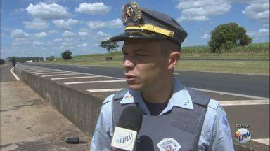 Araraquara faz campanha de prevenção de acidentes de trânsito - Só em 2017, 37 pessoas morreram atropeladas no município.