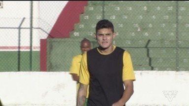 Carlinhos será o substituto de Gustavo Henrique na semi diante do Barretos - Zagueiro fará dupla de zaga com Dema.