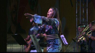 Eduarda Brasil se apresentou em João Pessoa - Mariah Yohana também se apresentou ontem.