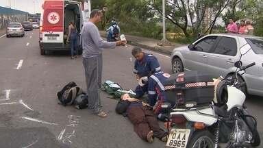 Em Manaus, acidente causa grande transtorno - Demora no atendimento gerou congestionamento.