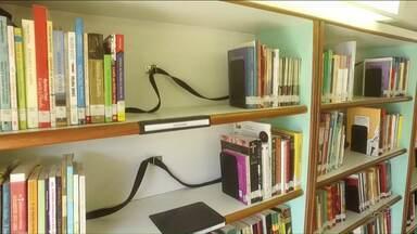 Biblioteca itinerante do Sesc passa por Cianorte e região - Ônibus retorna para Cianorte no dia 2 de maio.