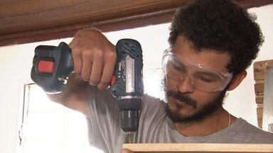 """Revista conhece uma equipe de """"Faça você mesmo"""" em Bauru - Um pessoal de Bauru explica o que é a cultura maker"""