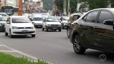 Saiba os cuidados que motoristas devem ter com a manutenção dos seus veículos - Engenheiro mecânico fala a respeito de carros poluentes, manutenção preventiva e problemas mecânicos.