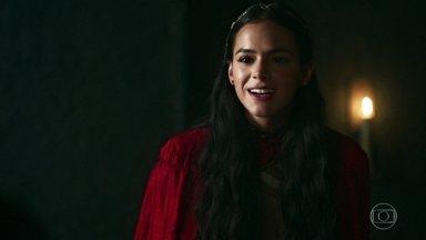 Catarina explica a Augusto que a guerra uniu Artena e Montemor em um só Reino - A Rainha diz que o novo Reino será o mais poderoso da Cália e o pai não concorda