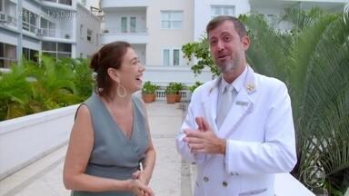 Lilia Cabral conversa com Luciano Ruperti no Copacabana Palace - O Concierge conta curiosidades do hotel