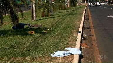 Duas pessoas morrem em acidente na Avenida Dez de Dezembro - A polícia ainda investiga as causas do acidente. Uma das hipóteses é a mistura de álcool e direção.