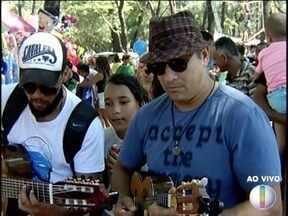Músicos regionais se apresentam durante a Festa do Trabalhador em Montes Claros - Clube do Choro foi uma das atrações durante o evento.