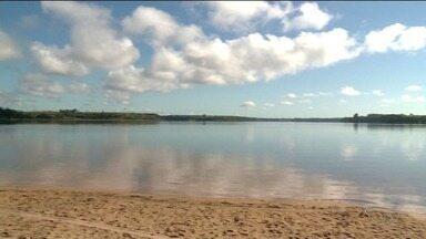 Cheia na Lagoa Nova preocupa moradores, no Norte do ES - Lagoa já foi castigada pela seca.