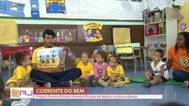 Projeto Favela Mundo percorre as comunidades levando oficinas de teatro, música e dança - ONG já atendeu 4.500 crianças e adolescentes em 11 favelas