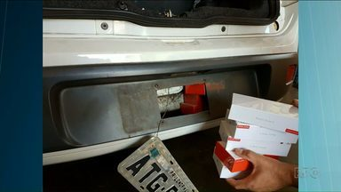 Motoristas escondem equipamentos para atravessar a fronteira com o Paraguai - Nos últimos 40 dias, foram nove flagrantes de equipamentos escondidos em fundos falsos