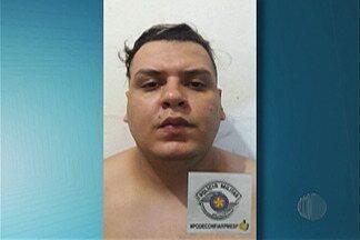 Polícia libera dois caminhoneiros mantidos reféns dentro de carro em Itaquaquecetuba - As vítimas foram abordadas em Guararema.