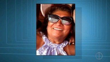 Falsa juíza que aplicava golpes em São Pedro da Aldeia, RJ, continua foragida - Assista a seguir.
