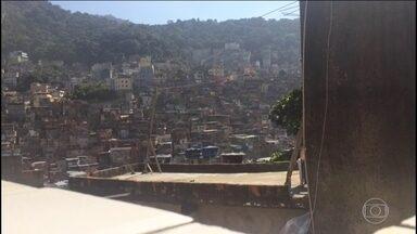 Moradores da Rocinha acordam, mais uma vez, em meio a um intenso tiroteio - Moradores relataram que os tiros começaram ainda de madrugada e duraram por quase toda manhã.