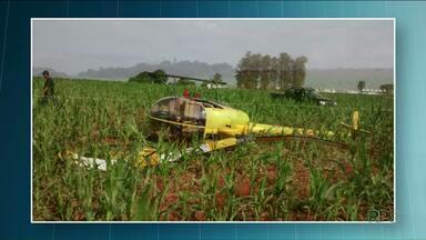 Helicóptero tomba após pouso de emergência em Quarto Centenário - Piloto e passageiro, que é dono da aeronave, não ficaram feridos.