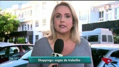Shoppings da Grande Vitória abrem vagas de emprego em diversas áreas - Novas lojas foram abertas em shoppings de Vitória e Vila Velha e, com isso, surgiram postos de trabalho.