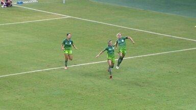 Gol da Djeni: capitã do Hulk abre o placar em rebote de pênalti contra a Ferroviária - Partida da terceira rodada do Brasileiro feminino terminou em 2 a 2, nesta quinta, na Arena da Amazônia.