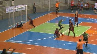São João da Boa Vista e Araraquara vencem e estão na final da Taça EPTV de Futsal - Disputa será no dia 19 de maio no ginásio Milton Olaio Filho, às 14h, mas é recomendado que o público chegue a partir das 13h30.