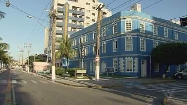 Prefeito de Mongaguá segue preso na Superintendência da Polícia Federal - Vice-prefeito da cidade foi afastado por envolvimento na operação Prato Feito. Presidente da Câmara assume comando do Executivo.