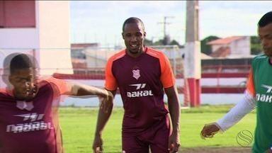 Novo reforço do ataque do Sergipe, William Paulista se adapta aos novos companheiros - Ele vive expectativa de estrear na Série D. Último clube foi Veranópolis.
