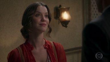 Elisabeta aceita namorar com Darcy - Jane comemora o entendimento da irmã com o amado