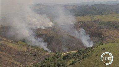 Aumentam as queimadas na região - Tempo seco gera aumento de queimadas na região.
