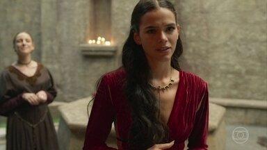 Catarina planeja fazer com que Afonso olhe para ela de um jeito diferente - A Princesa e Lucíola e speculam que a relação de Amália e Afonso tenha ficado abalada