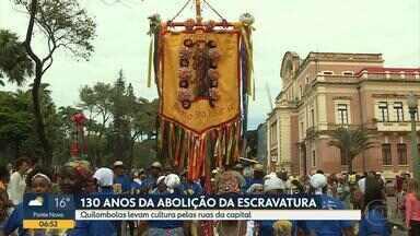 Evento relembra os 130 anos da abolição da escravatura em Belo Horizonte - Grupos de quilombolas foram à Praça da Liberdade para enaltecer a tradição dos negros.