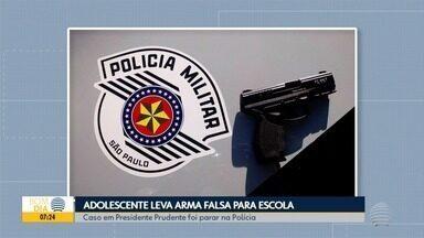 Adolescente é flagrado com arma falsa dentro de escola estadual - Fato foi registrado no bairro Cohab, em Presidente Prudente.