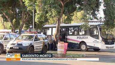 Sargento da PM será velado em Catalão, Goiás - Policiais militares fizeram uma homenagem no batalhão do Park Way ao colega.