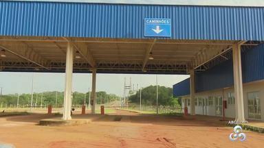 União destina área para aduana na fronteira do Brasil com a Guiana Francesa - Área fica no município de Oiapoque. Ministério do Planejamento, em nota, informou que essa entrega – que é provisória – vai agilizar a prestação de serviço de plantão 24 horas da PF na ponte binacional.