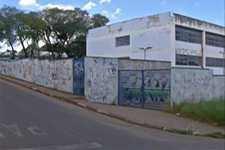 Professores são agredidos por alunos em escolas estaduais de Mogi das Cruzes - Os educadores estão assustados com tantos casos de agressões, ameaças e roubos causados por alunos.