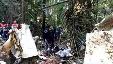 Corpos e avião que desapareceu no AM são encontrados em área de mata fechada, diz polícia - Equipes de resgate encontraram aeronave perto de comunidade em Itacoatiara, na divisa com Urucurituba, segundo o delegado Mário Melo.