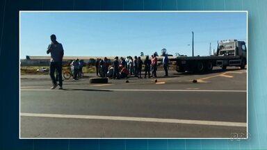 Caminhoneiro morre atropelado durante manifestação - Um outro caminhoneiro foi quem provocou o acidente