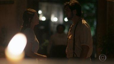 Ernesto e Ema se preocupam com Camilo - Eles ficam aflitos com o sumiço do amigo