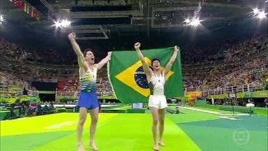 Diego Hypolito lembra momentos marcantes de sua carreira - Serginho exibe imagens emocionantes de conquistas do atleta