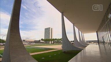 Arquitetura de Brasília dá identidade à cidade - Brasília respira cultural. A nossa música faz sucesso em vários estilos e tem reconhecimento internacional. Grupos de dança ocupam espaços na cidade para mostrar o que sabem fazer. O desenho de Brasília já é um convite a pensar.