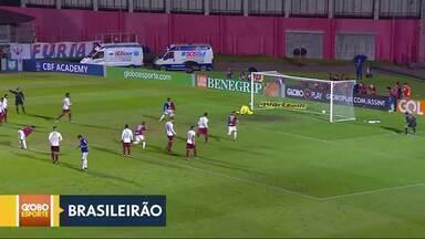 Paraná conquista a primeira vitória no Brasileirão - Clube paranaense vence o Fluminense em Curitiba. Tricolor carioca perde chance de assumir a vice-liderança.