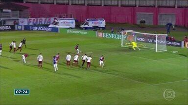 Fluminense perde para o Paraná no Campeonato Brasileiro - Confira os gols da partida que terminou em 2 a 1.