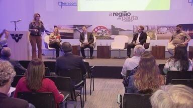 Prefeitura de Guarujá aguarda autorização para liberar aeroporto - Anúncio foi feito no fórum 'A Região em Pauta', que aconteceu no auditório da TV Tribuna, nesta segunda-feira (4).