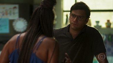 Ionan pede perdão, mas Doralice não aceita - Nestor aconselha a moça