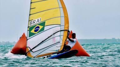 Atleta de Búzios conquista mais um título no Campeonato Norte-Americano de Windsurf - Assista a seguir.