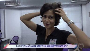 Nanda Costa mostra transformação de fora da lei a policial em apenas 4 meses - Atriz emendou duas novelas e teve pouco tempo para deixar Sandra Regina de 'Pega Pega' para se entregar a Maura de 'Segundo Sol'