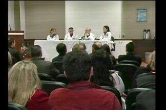 Hospital Vida e Saúde de Santa Rosa desmente boatos sobre superbactéria - Em coletiva de imprensa equipe médica fala sobre morte de crianças.